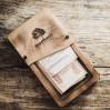 Деревянная коробка для счета и наличных Сантана М с декоративными винтами