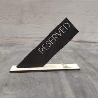 Табличка резерв для ресторана Угол